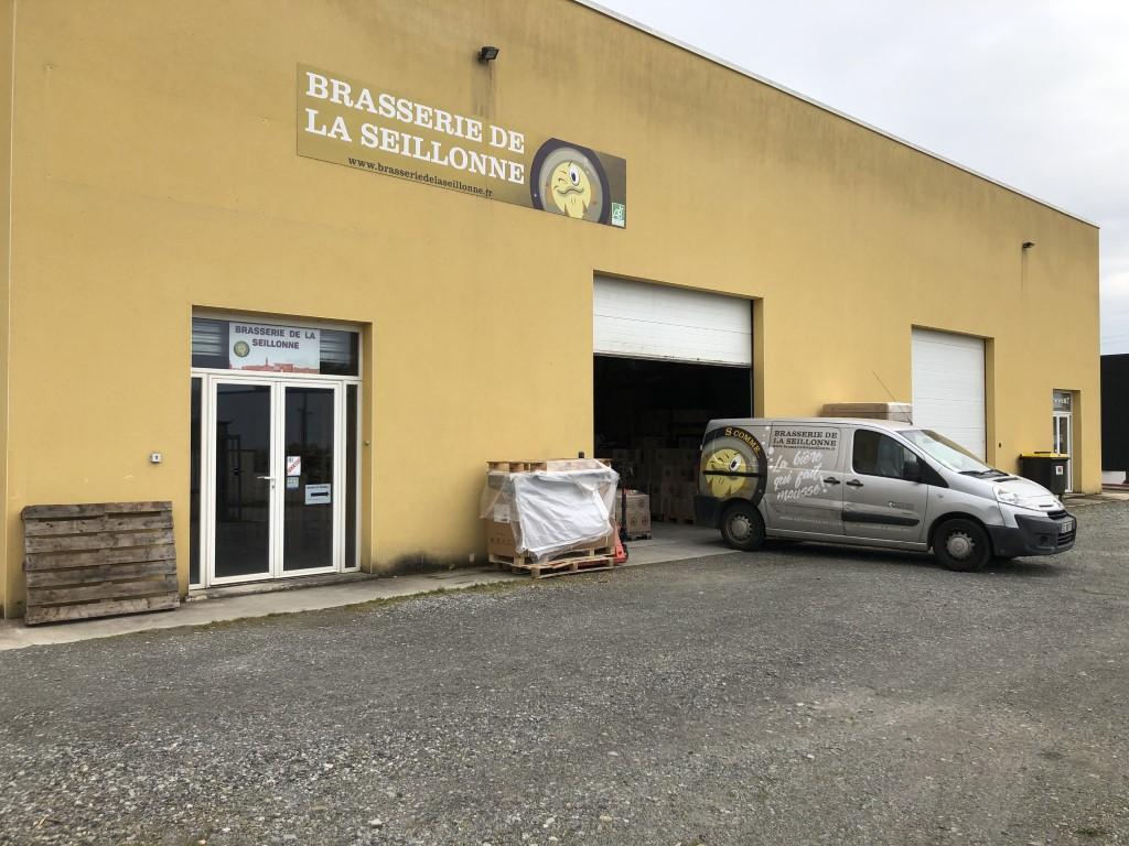 Devanture brasserie de la Seillonne